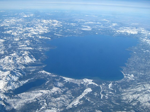 Ski au Lac Tahoe LostinSF