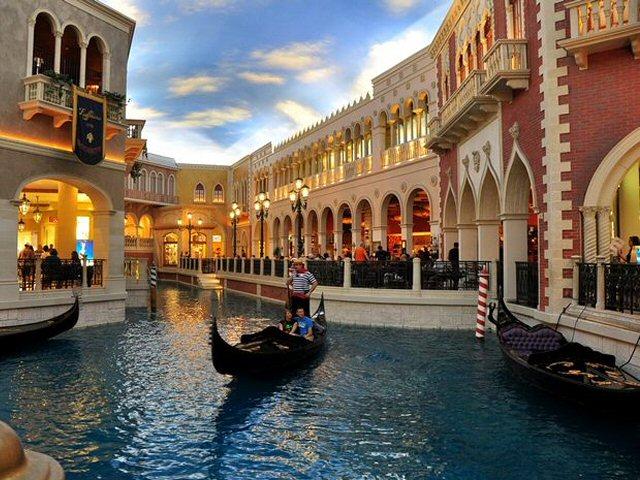 Etats unis las vegas for Venise hotel piscine